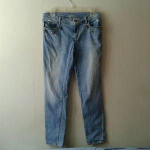 LOFT Ann Taylor Distressed Rhinestones Jeans 27/4